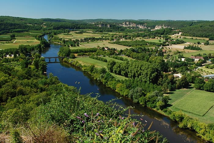 Wandern mit Hund in der Dordogne - 8-tägige Wanderreise - travel4dogs